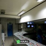 Acoustic wall and ceiling panels in the control room